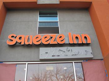 Squeeze_inn_midtown
