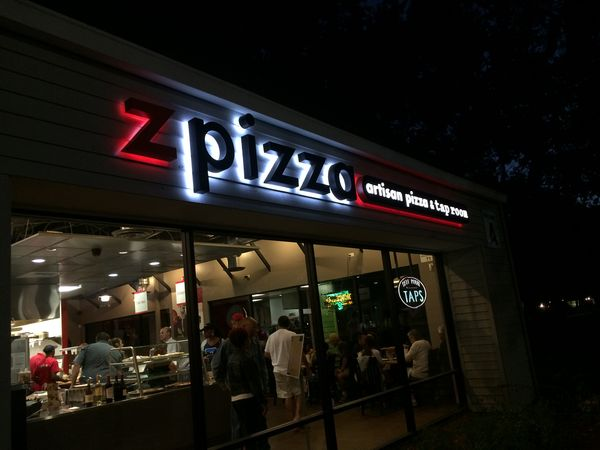 Instant Reaction Zpizza Tap Room In The Pocket Cowtown Eats